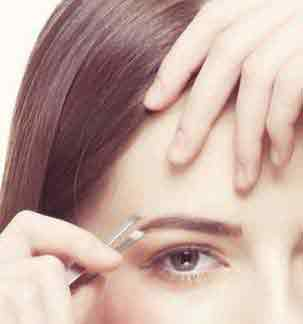 how to pluck eyebrows without pain